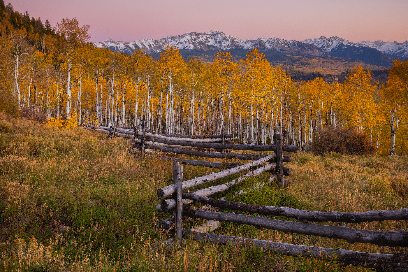 Last Dollar Road is one of my favorite roads to view fall color.  Throw in some pink clouds and an old zig zag rustic fence and...